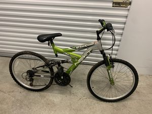 """21 speed bicycle bike 2x suspension 24"""" for Sale in Miami, FL"""