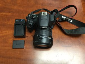 Canon EOS Rebel T5 18.0 MP DSLR Camera with 28-135mm Aspherical Lens for Sale in Lindenhurst, NY