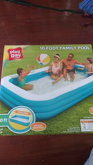 Play day 10 foot family pool for Sale in Fremont, CA