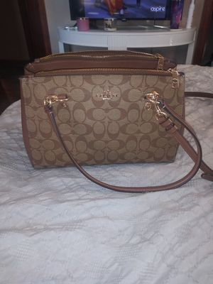 Coach purse/wallet for Sale in Columbus, OH