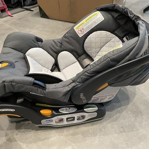 Chicco Keyfit 30 Car Seat for Sale in Seattle, WA