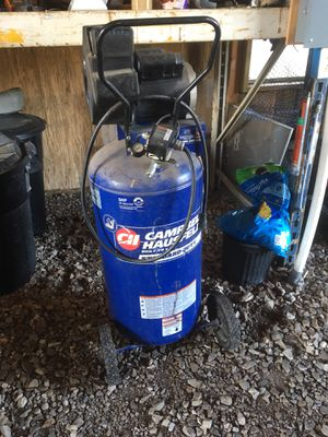 Campbell Hausfeld 26 gal 5hp air compressor for Sale in Crawford, WV