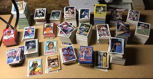 3,000 Mixed Baseball Cards for Sale in Hilliard, OH