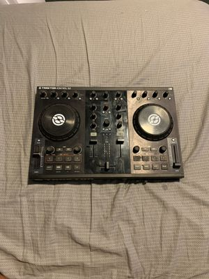 Traktor S2 with cables and installation disc for Sale in Los Angeles, CA