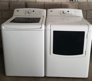 Kenmore elite oasis kingsize capacity glass top washer and electric dryer set for Sale in Phoenix, AZ
