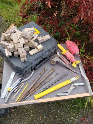 Rotary hammer drill bits and tools for concrete for Sale in Federal Way, WA