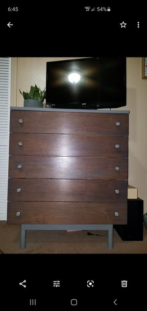 Dresser set for Sale in Oroville, CA