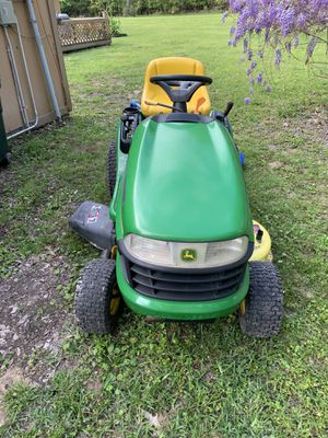 John deere LA105 lawn tractor for Sale in Houston, TX