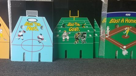 FREE - Pinball Sports Blaster Gumball for Sale in Downey, CA