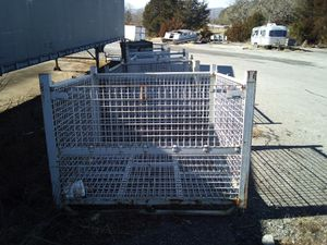 Metal cage. for Sale in Bedford, VA