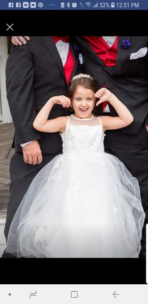 Size 6 Flower Girl Dress for Sale in Leominster, MA