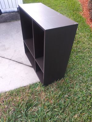 Shelf an small tv stand for Sale in Kissimmee, FL