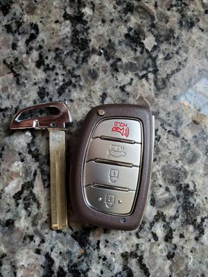 HYUNDAI KEY PUSH START FOB for Sale in Greenwood, SC
