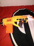 A Nerf gun fully automatic with clip still works for Sale in Fitzgerald, GA