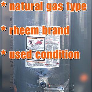 Water Heater 40 Gallon for Sale in Santa Ana, CA