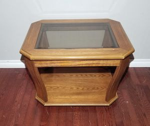 Light Brown Solid Wood End Table with Glass Top & Lower Storage Shelf for Sale in West Linn, OR