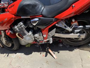2000 Suzuki motorcycle for Sale in Westminster, CA