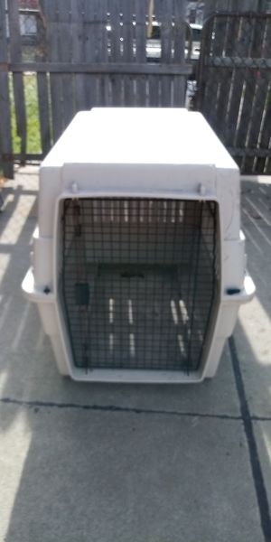 /*/*/*/* LARGE DOG KENNEL *\*\*\*\ for Sale in Roseville, MI