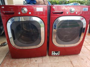 LG RED STEAM WASHER AND ELECTRIC STEAM DRYER SUPERCAPACITY for Sale in Hialeah, FL