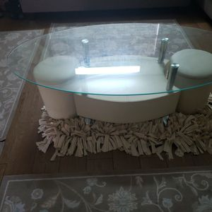 Living Table With Two Small Chairs for Sale in Colton, CA