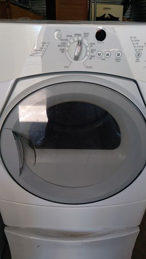 Whirlpool gas dryer for Sale in San Diego, CA