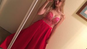 Prom dress for Sale in Tracy, CA