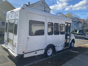 2006 Shuttle Conversion Bus for Sale in Southington, CT