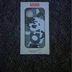 Brand New Supreme iPhone 11 Case Never Used Perfect Condition for Sale in Costa Mesa,  CA