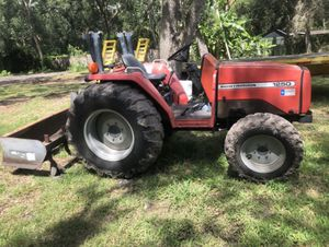 Massey Ferguson 1520 diesel 4x4 tractor with box blade for Sale in Tampa, FL
