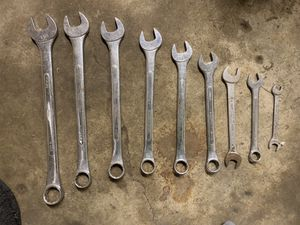 9 pcs wrench set for Sale in Columbus, OH