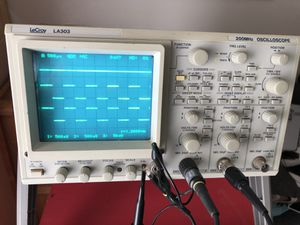 LeCory 200 MHz 3 channel oscilloscope la303 for Sale in Bentonville, AR