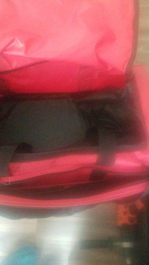 Under Armour medium duffle bag for Sale in Mesa, AZ