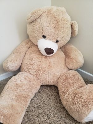 Giant teddy bear for Sale in Allen, TX