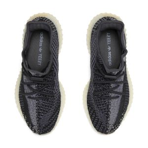 Adidas yeezy boost 350 v2 carbon size 7 for Sale in West Hollywood, CA