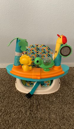 Infantino baby booster seat for Sale in Salinas,  CA