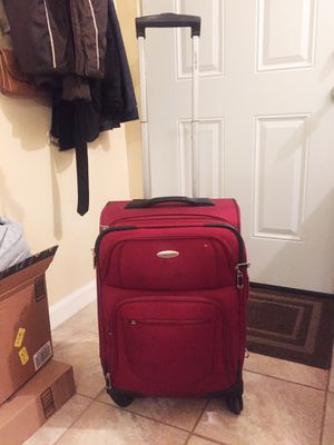 360 Degree Wheels Rollie Carry-On-Size Suitcase for Sale in San Diego, CA