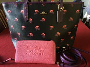Coach Floral Print handbag and wallet for Sale in Kailua-Kona, HI