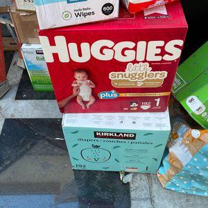 Huggies & Kirkland Pampers for Sale in Los Angeles, CA