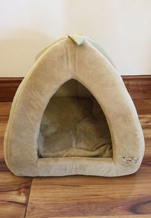 Dog house/bed for small dogs for Sale in Miami, FL
