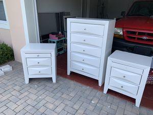 Queen size diamond bedroom set for Sale in Pompano Beach, FL