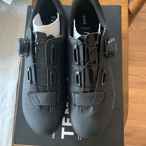 Fizik Road Cycling Shoes for Sale in Alexandria, VA