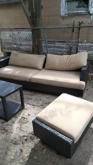 WICKER OUTDOOR FURNITURE SET for Sale in Houston, TX