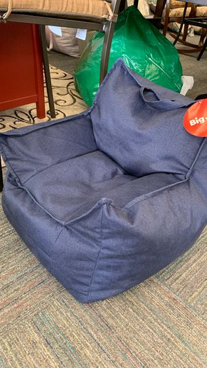 Kid's mitten chair for Sale in Norfolk, VA