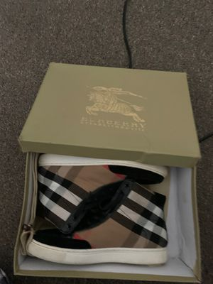 Burberry Sneakers size 7 euro 40 for Sale in Washington, DC