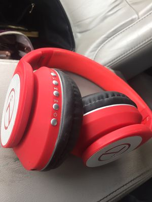 Tunes 360 wireless Bluetooth headphones for Sale in Minot, ND