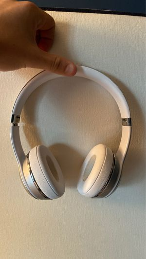 Beats solo 3 wireless for Sale in Alexandria, VA