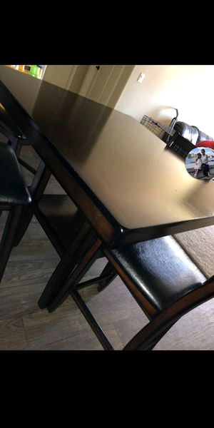 BARHEIGHT TABLE 4 LEATHER CHAIRS for Sale in Austin, TX