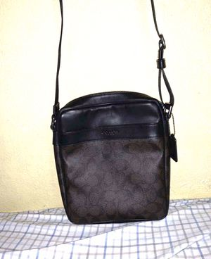 Coach Messenger Bag for Sale in Bell Gardens, CA