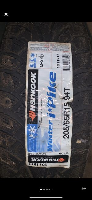 Hankook Winter I Pike tire for Sale in Halifax, PA