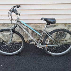 Hishiki Pueblo Mountain Bike for Sale in Bridgeport, CT
